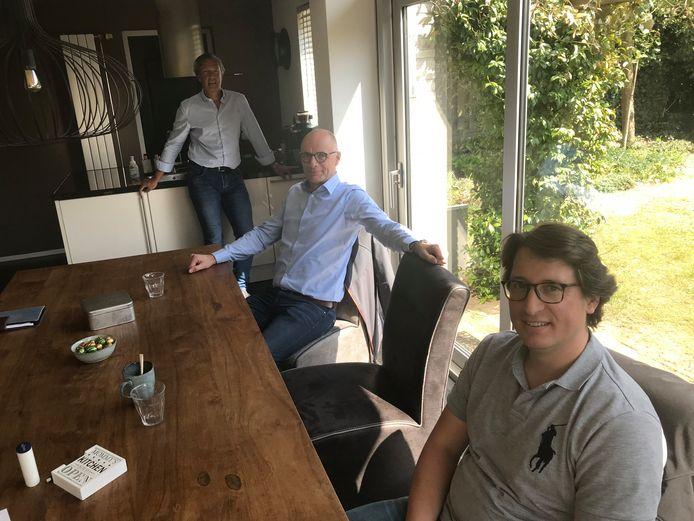 De drie partijvoorzitters in gelukkigere tijden: van voor naar achter Bas Keijzer (Maashorst Vooruit), Ben Maathuis (DS'97) en Roland Werring (RPP)