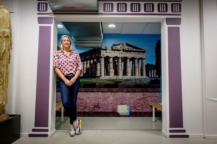 Iris Borger verheugt zich op Herakles, een musical over de Griekse mythologie met als decor het Almelose stadion.