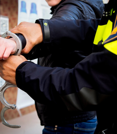 Man opgepakt na kopstoot in café in Harderwijk