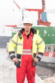 Wesley Smits zit al maandenlang vast op schip: 'Mijn kinderen hadden al een cirkeltje op de kalender gezet'