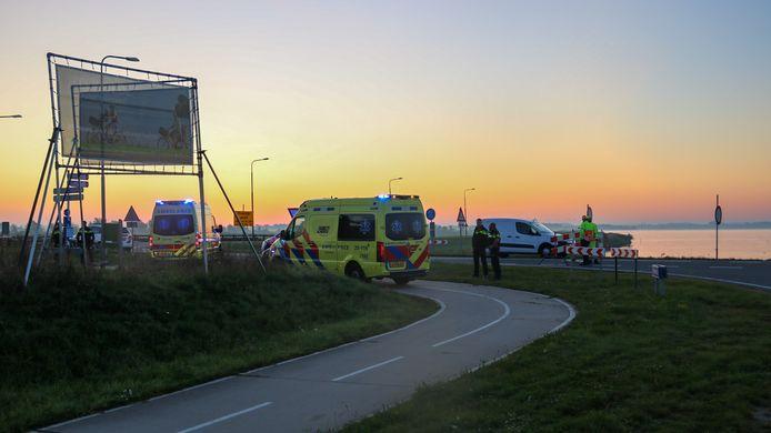Beide bestuurders moesten met de ambulance naar het ziekenhuis.