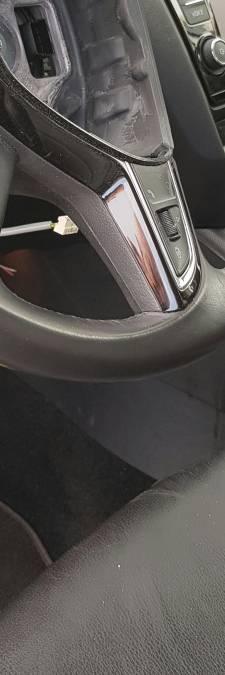 'Keurige' dieven roven airbags uit auto's Beuningen