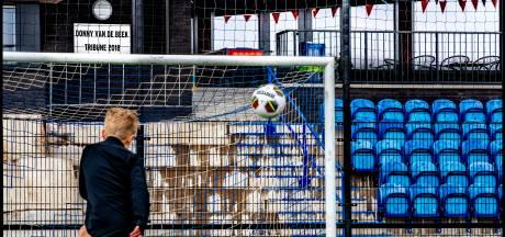 'Feestende jongeren' moeten op de blaren zitten: voetbalvereniging scherpt maatregelen aan