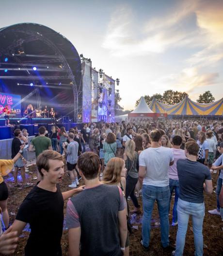 Festival Dak d'r af: 'Uniek dat zoiets in Saasveld kan'