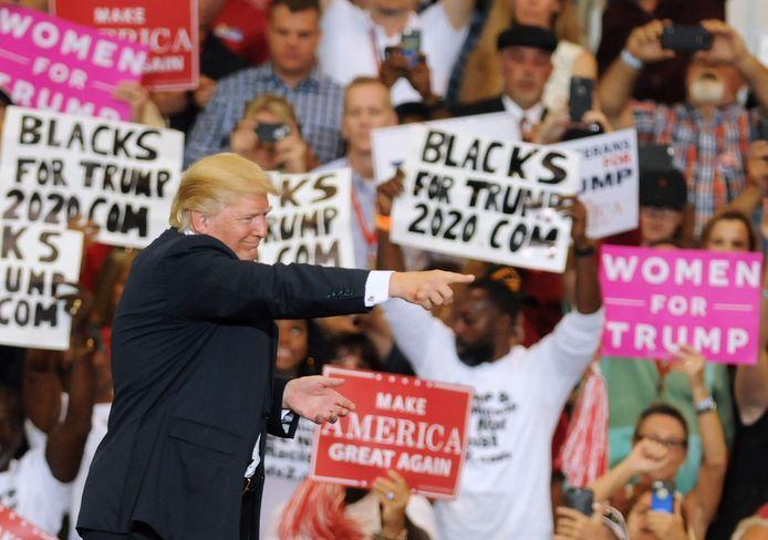 De Amerikaanse president Donald Trump tijdens zijn eerste campagnerally in Florida gisteren.