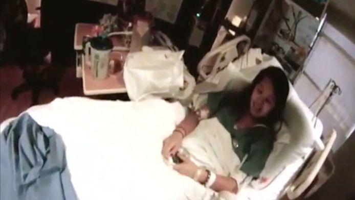 Verpleegkundige Nina Pham in haar ziekenbed.