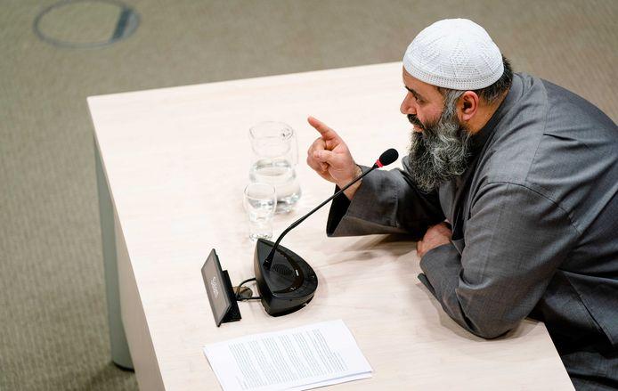 Suhayb Salam tijdens het verhoor vanmiddag.