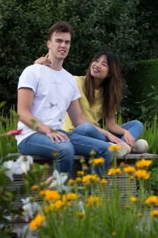 Lars (21) uit Babberich is eindelijk herenigd met zijn buitenlandse liefde