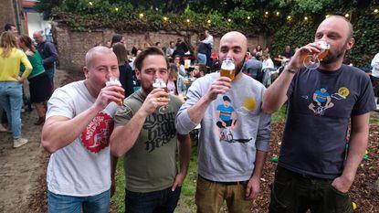 Hoogmis brengt muziek en bier samen in oude pastorij
