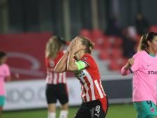 In Europa debuterend PSV Vrouwen kan niet stunten en gaat met 1-4 onderuit tegen FC Barcelona