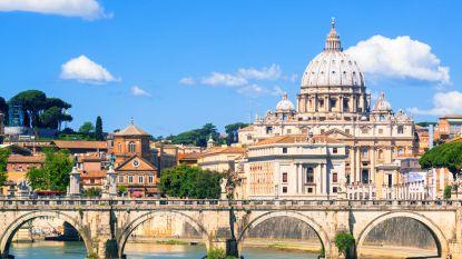 Huiszoeking in diplomatiek zenuwcentrum van Vaticaanstad