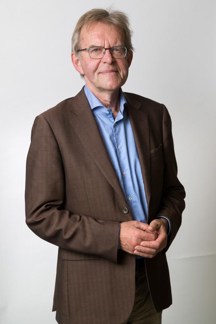 columnist Tony van der Meulen