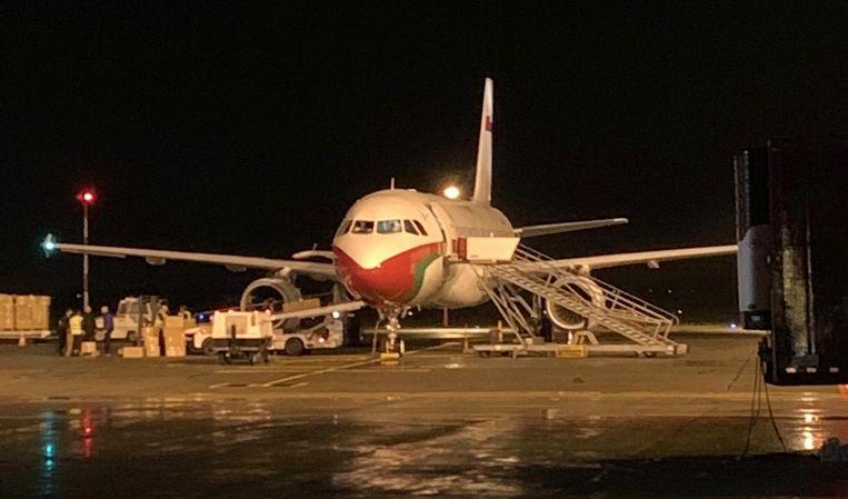 Het vliegtuig van de sultan van Oman dat vanavond landde op het tarmac van de luchthaven in Oostende.
