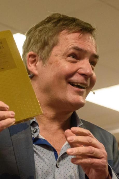 Boek Finkers is 'by far' nummer 1 in Twentse boekhandel