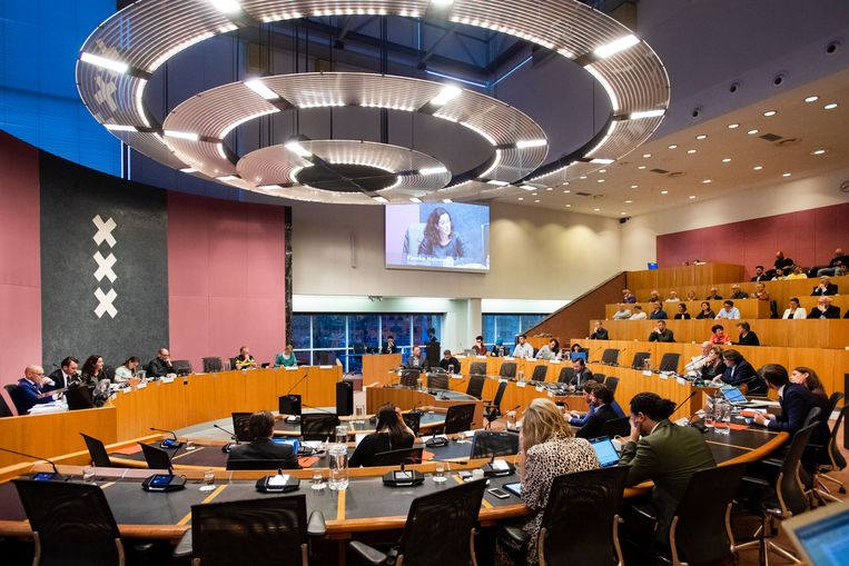 De gemeenteraad eerder dit jaar, tijdens een debat over het politieoptreden dat voorafging aan de Champions League wedstrijd Ajax tegen Juventus.  Beeld ANP