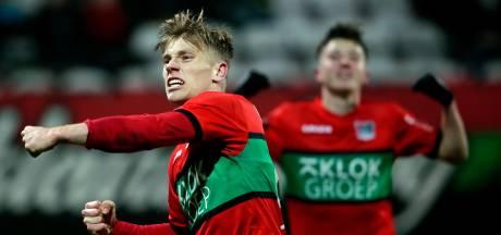 NEC hangt in de touwen, maar pakt punt tegen Jong Ajax