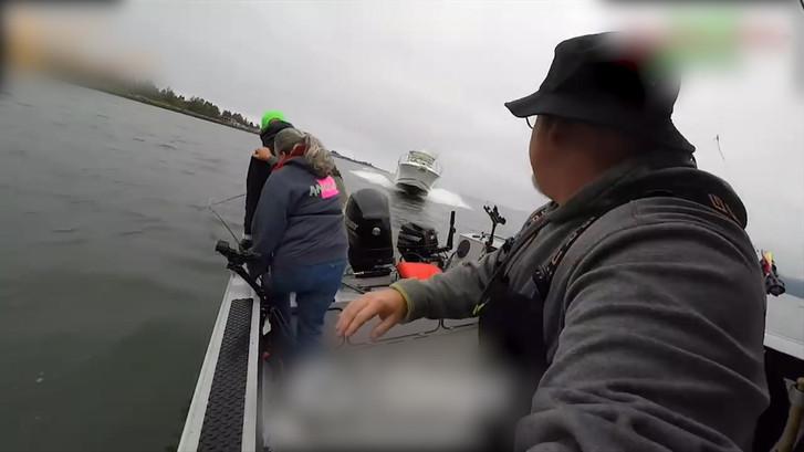 Vissers krijgen schrik van hun leven