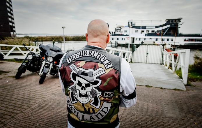 Ter illustratie: een lid van motorclub No Surrender