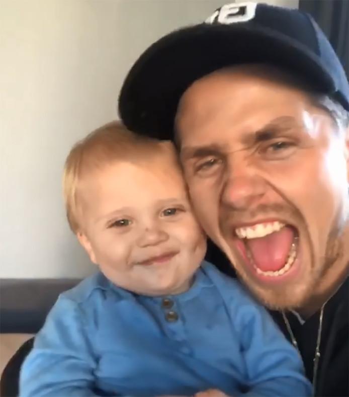 André Hazes met zijn zoontje Dreetje