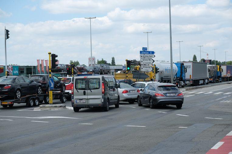 De huidige situatie op de A12 en de Boomsesteenweg leidt tot onveilig en agressief rijgedrag.