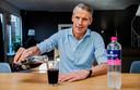 Jeroen van Den Tweel drinkt nu spa rood en druivensap van merlotdruiven.
