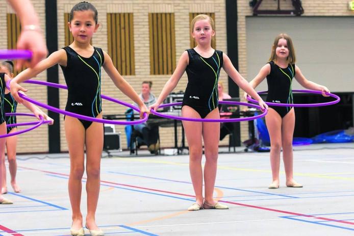 Ook gymsportvereniging Fysion Nijverdal kan weer terecht in de sporthal in de Kruidenwijk.