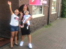 Yosina is weer thuis na winst The Voice Kids