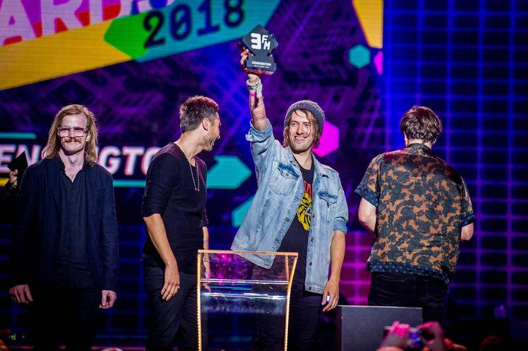 Kensington wint de award voor Beste Groep tijdens de uitreiking van de 3FM Awards Beeld anp