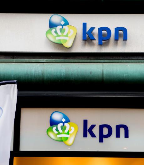 KPN sluit 'per ongeluk' internet, telefoon en tv van 300 klanten af; stel uit Deventer loopt honderden euro's schade op