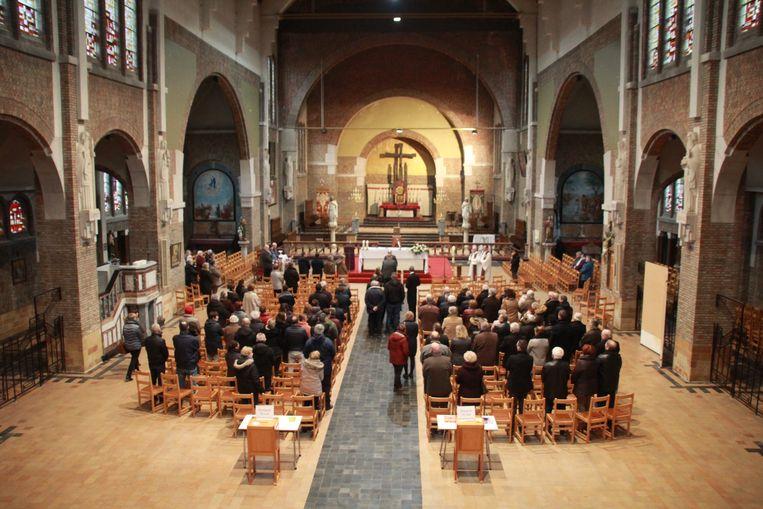 De uitvaartplechtigheid voor Eliane Cardinael (71) vond plaats in de kerk van Zonnebeke.