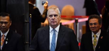 Van ontucht beschuldigde prins Andrew weinig overtuigend in verbijsterend interview