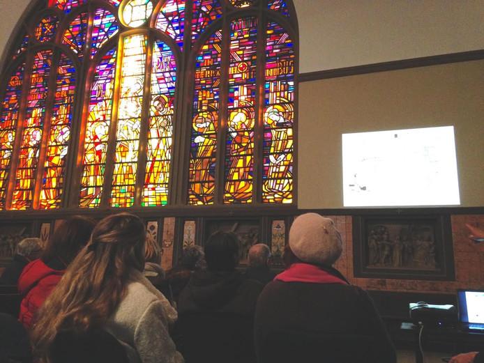 Veel belangstelling voor wonen in voormalige kerk Korvelplein Tilburg.
