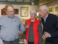Buisman-verzamelaar uit Zwartsluis krijgt bijzonder blikje koffiestroop uit tijd van de Koude Oorlog