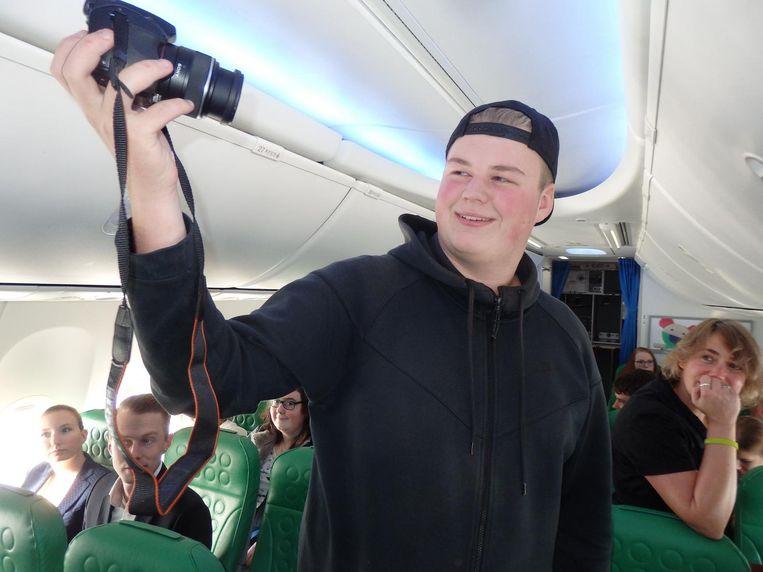 Dave van Pooij, steeds bekender als vlogger DaveTube: 'Zon, zuipen, reumááá!' Beeld Schuim