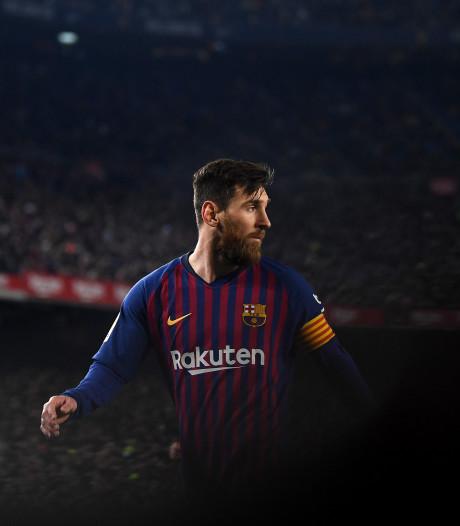 Messi scoort én mist van elf meter