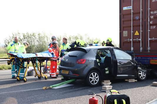 Ernstig ongeval op de A15 richting Nijmegen tussen de afslag Ochten en Opheusden.