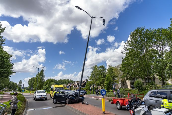 Wesp in broekspijp veroorzaakt ongeluk in Oosterhout.