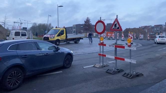 """Verkeerschaos tijdens ochtendspits aan kruispunt Appel: """"Politie zal oogje in het zeil houden"""""""