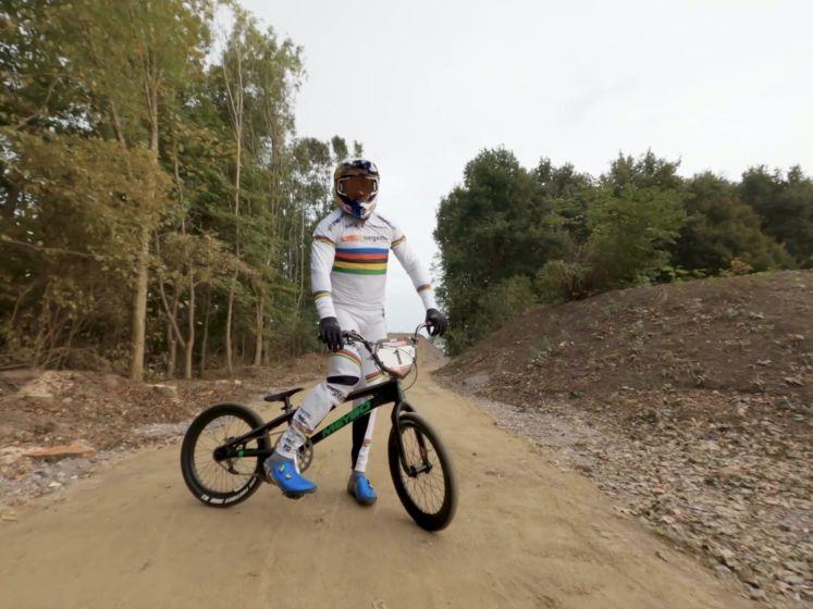 Twan van Gendt bouwt BMX-parcours