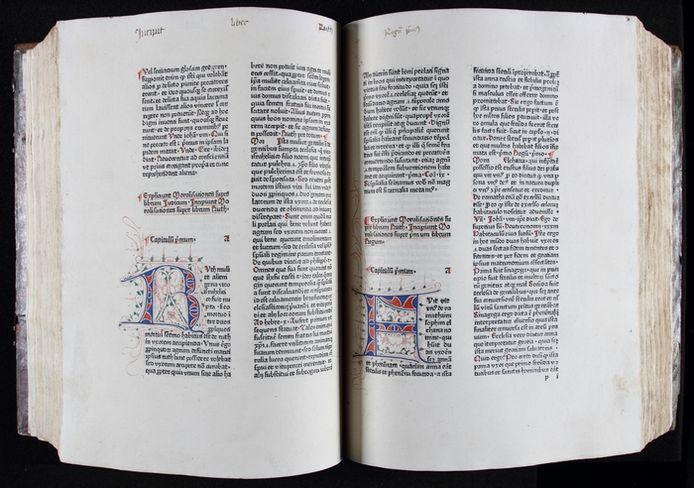 Inkijkje in het bijzondere, middeleeuwse boek, dat na omzwervingen van eeuwen definitief terug is in Deventer.