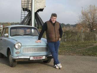 """Gill Van Hoey (34) is gek op oude Oost-Europese Trabant wagens en verzamelt ze: """"Er mogen er zeker nog een aantal bij in de collectie"""""""