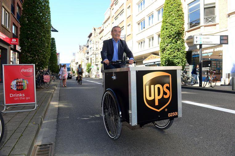 Uit een proefproject van koerierdienst UPS bleek al dat 80% van de pakjes met cargobikes perfect tot bij de klant gebracht kan worden.