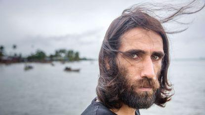 Vluchteling die een opstand ontketende via WhatsApp heeft Papoea-Nieuw-Guinea verlaten
