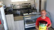 """'Robin van 't frituur' doet na 5 jaar weer wat hij het liefste doet: """"Frieten bakken is een hobby, geen job"""""""