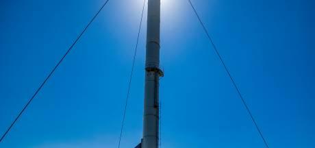 Verhoging van schoorsteen Zutphense slibverwerker om stank te stoppen een stap dichterbij