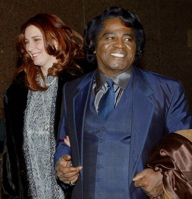 Weduwe Tomi en James Brown.