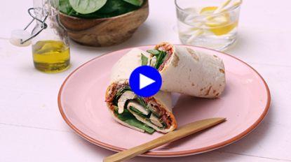 Een gezonde lunch voor twee in minder dan 30 minuten: spinazie-kruidenkaaswraps