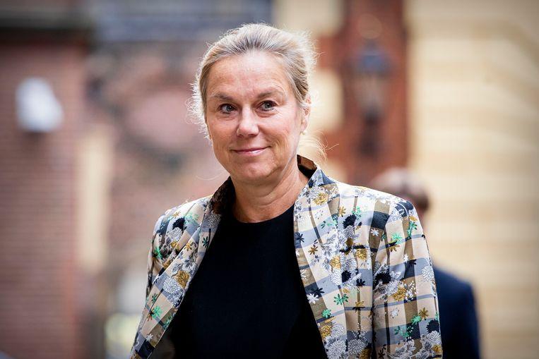 Minister Sigrid Kaag van Buitenlandse Handel komt aan op het Binnenhof voor de eerste ministerraad na de coronamaatregelen. Beeld BSR Agency