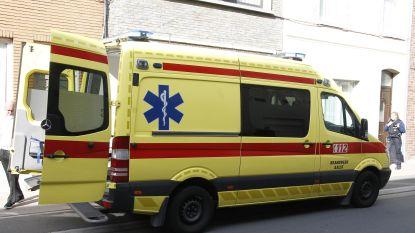 Voetganger gewond bij aanrijding met personenwagen