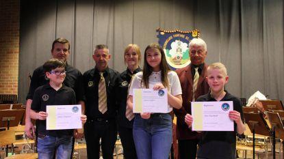 Diploma's voor verdienstelijke muzikanten St-Cecilia